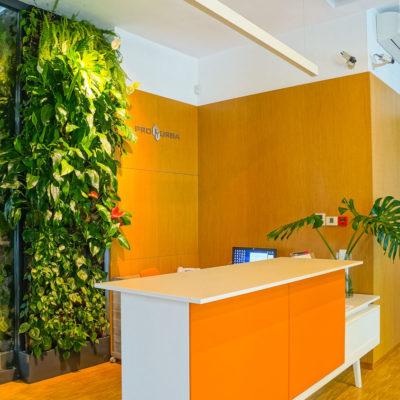 zielona-sciana-w-biurze-Pro-Urba-warszawa-7.jpg